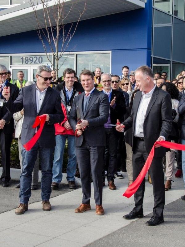 Garaventa Lift eröffnet neues Fabrikgebäude