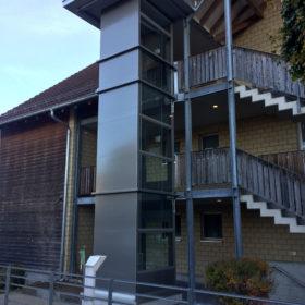 """Neuer Senkrechtlift für die """"WOGE"""" in Ossingen"""