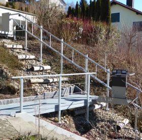 Treppenlift Artira aussen Grüt