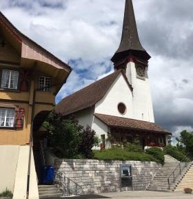 Treppenlift Artira aussen Kirche Röthenbach
