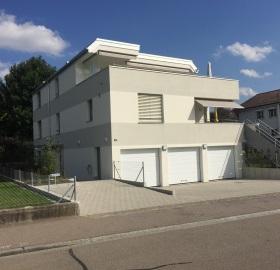 Senkrechtlift 3-Familienhaus Embrach