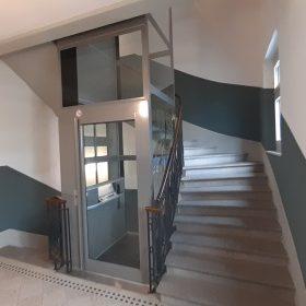 ueberuns-aktuelles-senkrechtlift-innen-menzingen-titelbild